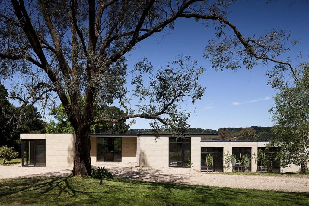 Private Houses Disciplines Shannon Mcgrath